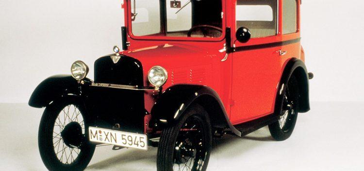Яким був перший автомобіль марки BMW