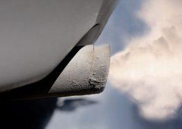 Діагностика автомобіля за кольором вихлопних газів