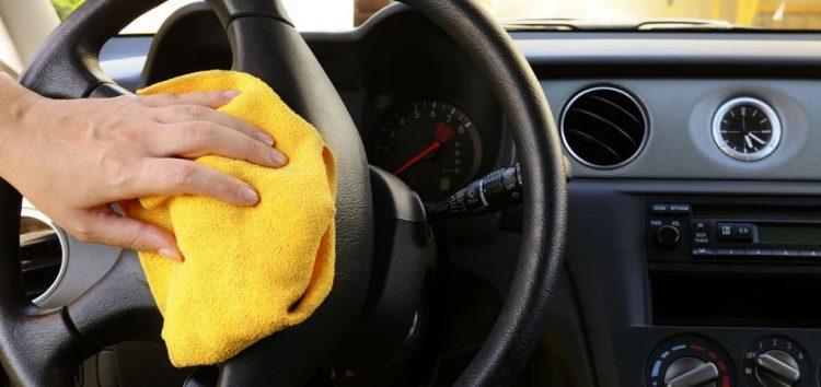 Бережемо чистоту в салоні автомобіля