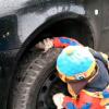 Заміна літніх колес на зимові на Skoda Octavia (відео)