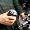Заміна мастила и масляного фильтра Shell Helix Ultra 5W-40 550021557 и VAG 06A115561B на Skoda Octavia 16 просмотров