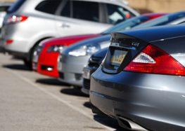Як правильно залишати автомобіль на стоянці