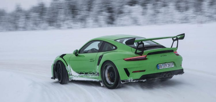 Балет на льоду від Porsche 911 G3 RS (відео)