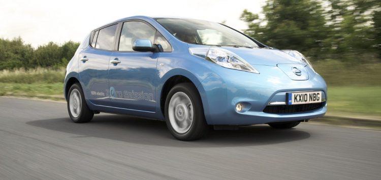 Уроки економного водіння на Nissan Leaf (відео)