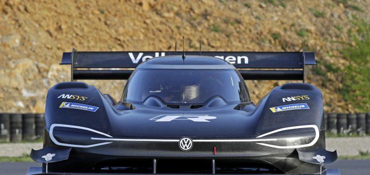 Volkswagen продемонстрував підготову до Pikes Peak (відео)