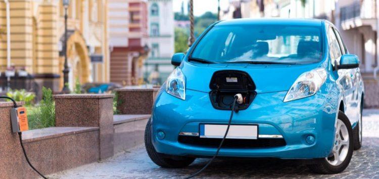 Чи потрібні європейцям електромобілі?