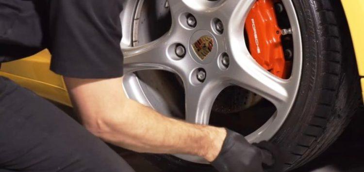 Як доглядати за автомобільними шинами