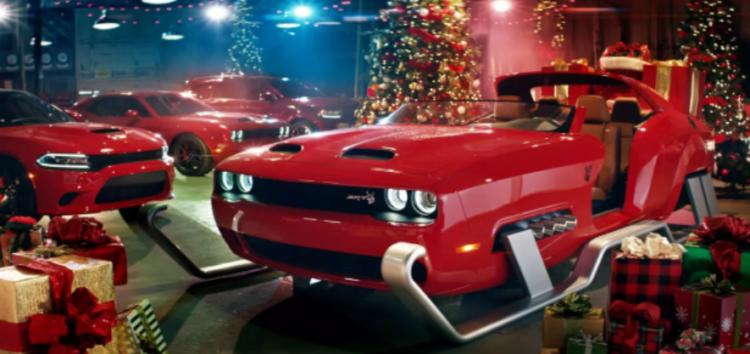 Санта-Клаус отримав санчата-суперкар (відео)