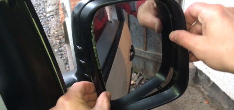 Заміна рамки дзеркала Jp Group 1189450480 на Volkswagen Caddy (відео)