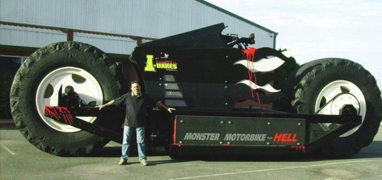 Найбільший мотоцикл – Monster Motorbike from Hell