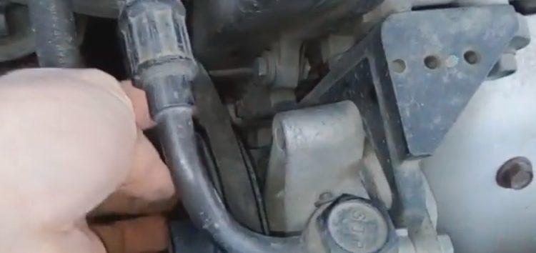 Заміна ременя гідропідсилювача керма Mando MB3PK675 на KIA Cerato (відео)