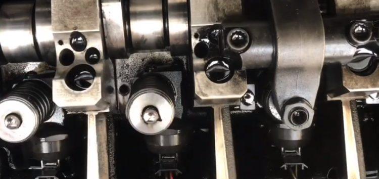Заміна прокладок форсунки VICTOR REINZ 15-38642-01 на Volkswagen Caddy (відео)