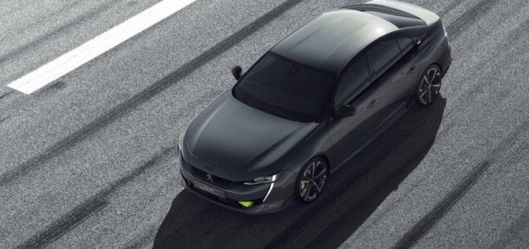 Peugeot покаже автомобіль з трьома моторами