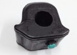 Підробні автозапчастини: втулка стабілізатора Toyota 48815-12370