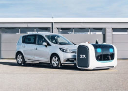 Роботи самостійно паркують автомобілі в аеропорту