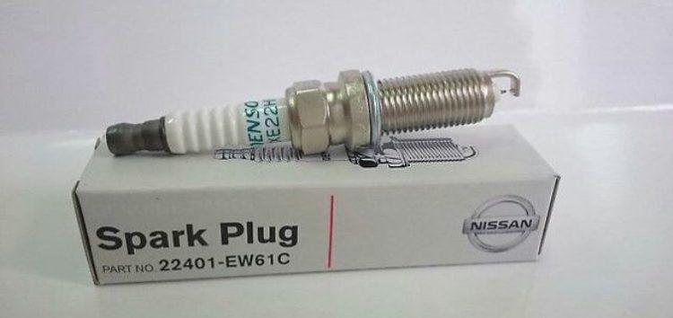 Підробні автозапчастини: свічка запалювання Nissan 22401-EW61C