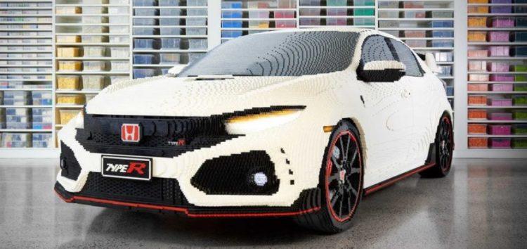 З Lego зробили повнорозмірну копію Honda Civic Type R (відео)