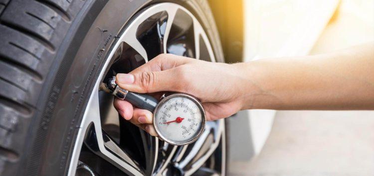 Три причини перевіряти тиск в шинах