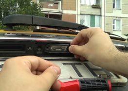 Заміна лампи номеру MAGNETI MARELLI 009418100000 на Volvo V50 (відео)