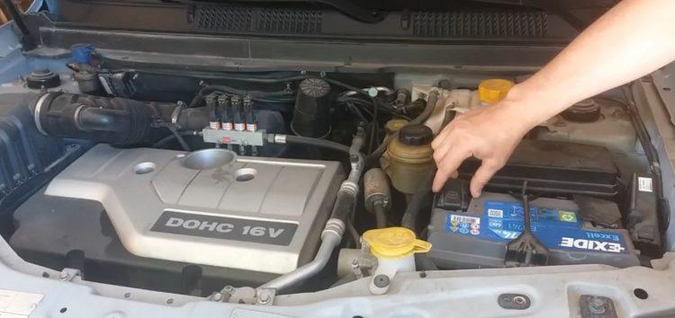 Заміна вимикача світла заднього ходу VERNET RS5681 на Сhevrolet Captiva (відео)