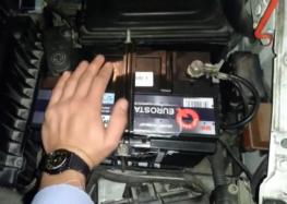 Заміна акумуляторної батареї EUROSTART 577046074 на FIAT SCUDO (відео)