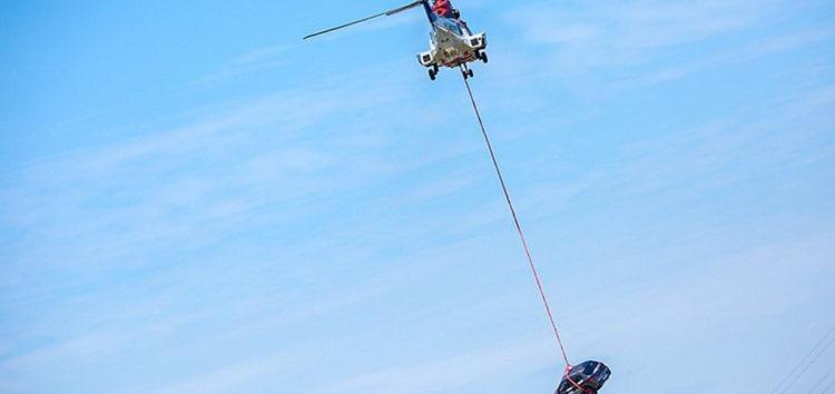 FAW кидає машини з гелікоптера