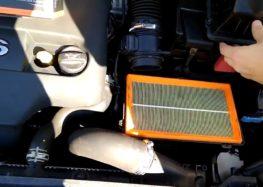 Заміна повітряного фільтра DENCKERMANN A141244 на Peugeot 308 SW (відео)