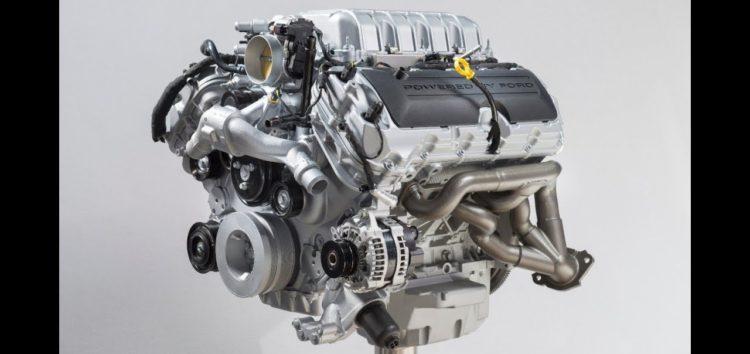 Ford показав як вручну збирати двигун на 760 к.с. (відео)
