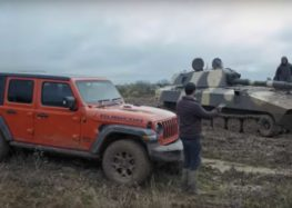 Jeep проти танка на бездоріжжі (відео)