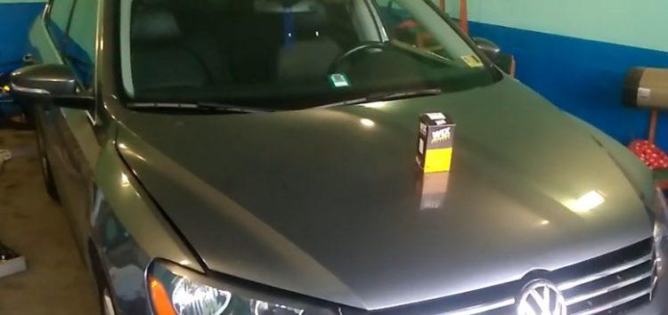 Заміна фільтра масляного WIX WL7504 на Volkswagen Passat B7 (відео)