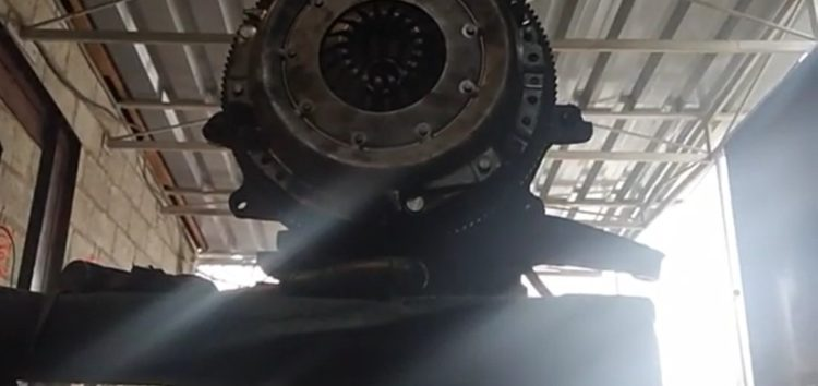 Заміна комплекту зчеплення Luk 622 0175 06 на Ford Scorpio (відео)