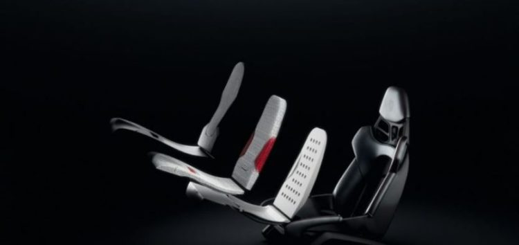 Porsche друкує сидіння на 3D-принтері