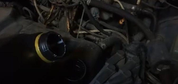 Замена моторної оливи S-Oil SR5404 на Chery Amulet (відео)