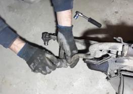 Заміна втулки стабілізатора FEBI 19050 на Volkswagen Golf II (відео)