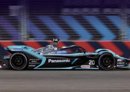 Jaguar адаптував систему оптимізації руху для боліда