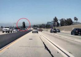 Автопилот Tesla заметил прыгающее колесо (видео)