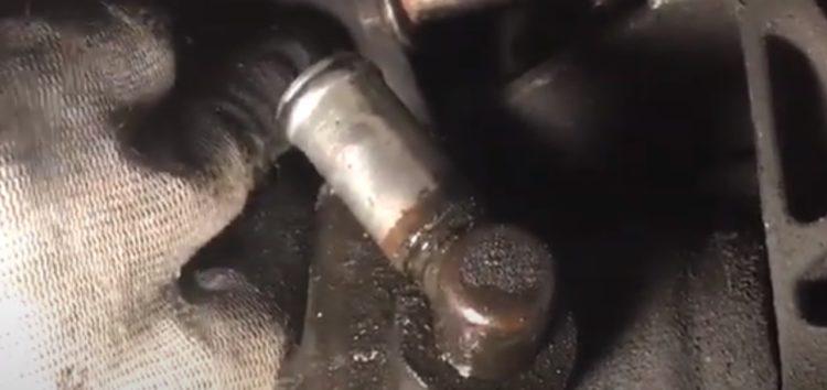 Заміна сальника насосу ГПК Corteco 19019934 на Volkswagen Golf III (відео)