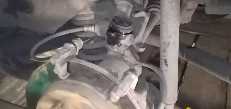 Заміна гальмівних колодок Profit 5000-0398 на Ford Scorpio (відео)