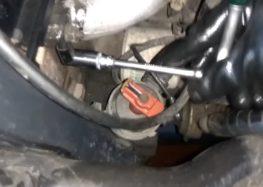 Заміна датчика температури охолоджуючої рідини Facet 7.3124 на Ford Sierra 1.8 (відео)