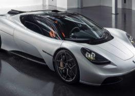 Автор McLaren F1 показав власний суперкар (відео)