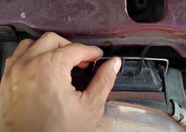Заміна лампи ксенонової H3 Silver Star 17070 на Ford Scorpio (відео)