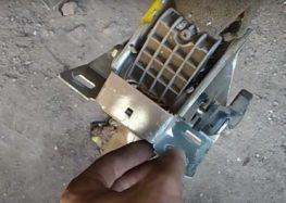 Заміна ремкомплекта рульової рейки Dp group SS 51576 на Ford Scorpio (відео)