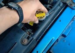 Замена крышки бачка расширительного BGA CC3040 на Kia Sephia 1.5