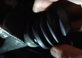 Заміна пильовика куліси Nissan 32859-M8002 на Nissan Primera P10 (відео)