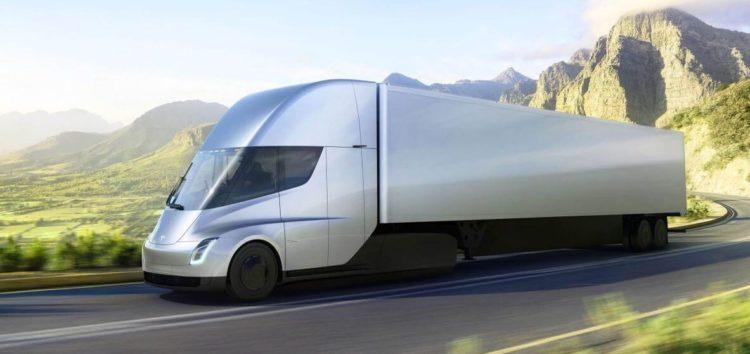 Тесла планирует построить новый завод для электрических грузовиков и спортивных автомобилей