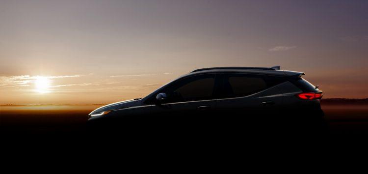 Електромобіль Chevrolet Bolt 2022 готують до прем'єри