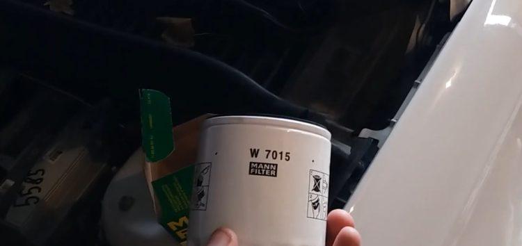 Заміна фільтра масляного MANN-FILTER W 7015 на Ford Fusion (відео)