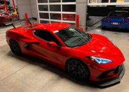 Chevrolet Corvette C8 потрапив до рук експертам LG Motorsports