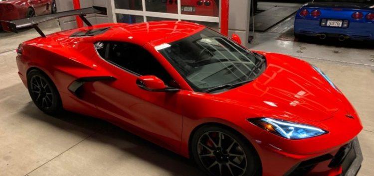 Chevrolet Corvette C8 попал в руки экспертам LG Motorsports