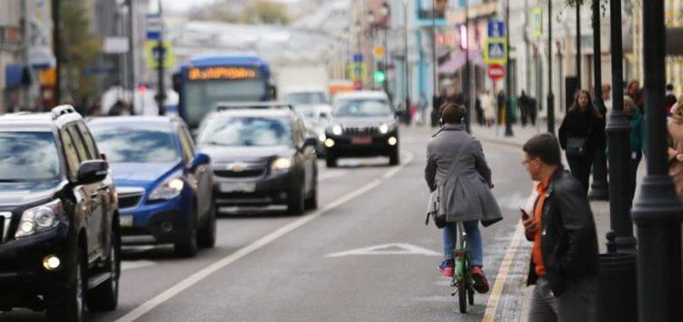 Кабмін дозволив велосипедистам рух разом з маршрутками